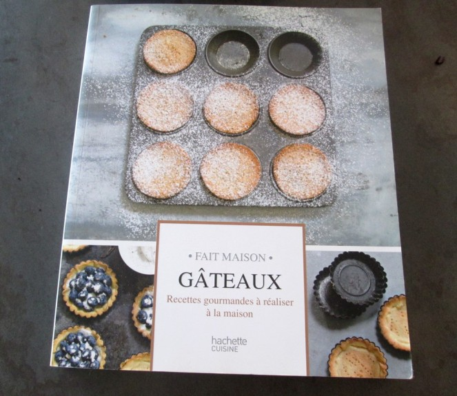 Livre : Gâteaux, aux Éditions Hachette