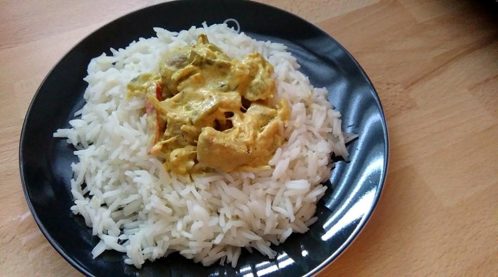 Sauté de porc au curry et légumes fondants