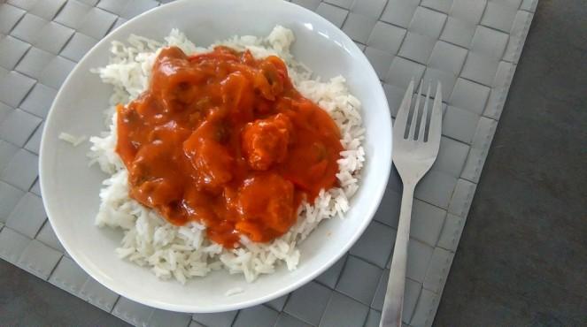 Sauce tomate et saucisses